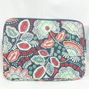"""NWT Vera Bradley Nomadic Floral 13"""" Tablet Sleeve"""